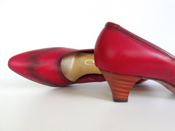 1960s Red Leather Wingtip Heels